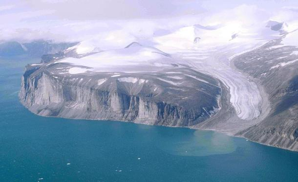 Northeast coast of Baffin Island north of Community of Clyde River, Nunavut, Canada
